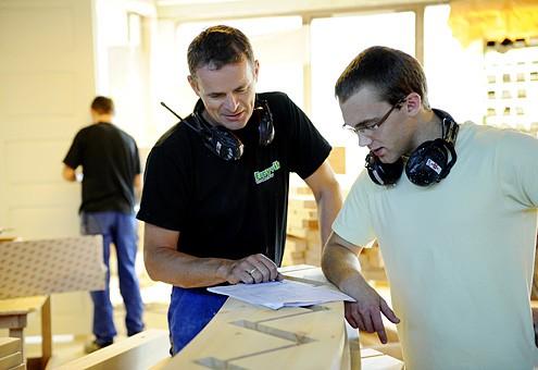 Erøyvik Trevare as - Moderne produksjon, nøyaktighet og god kontroll