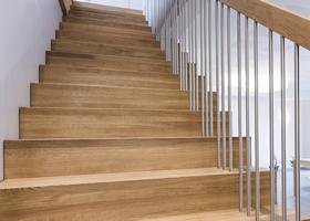 Erøyvik Trevare as - trappen staal